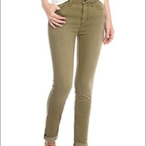 FREE PEOPLE low rise skinny ankle jeans 27 Green